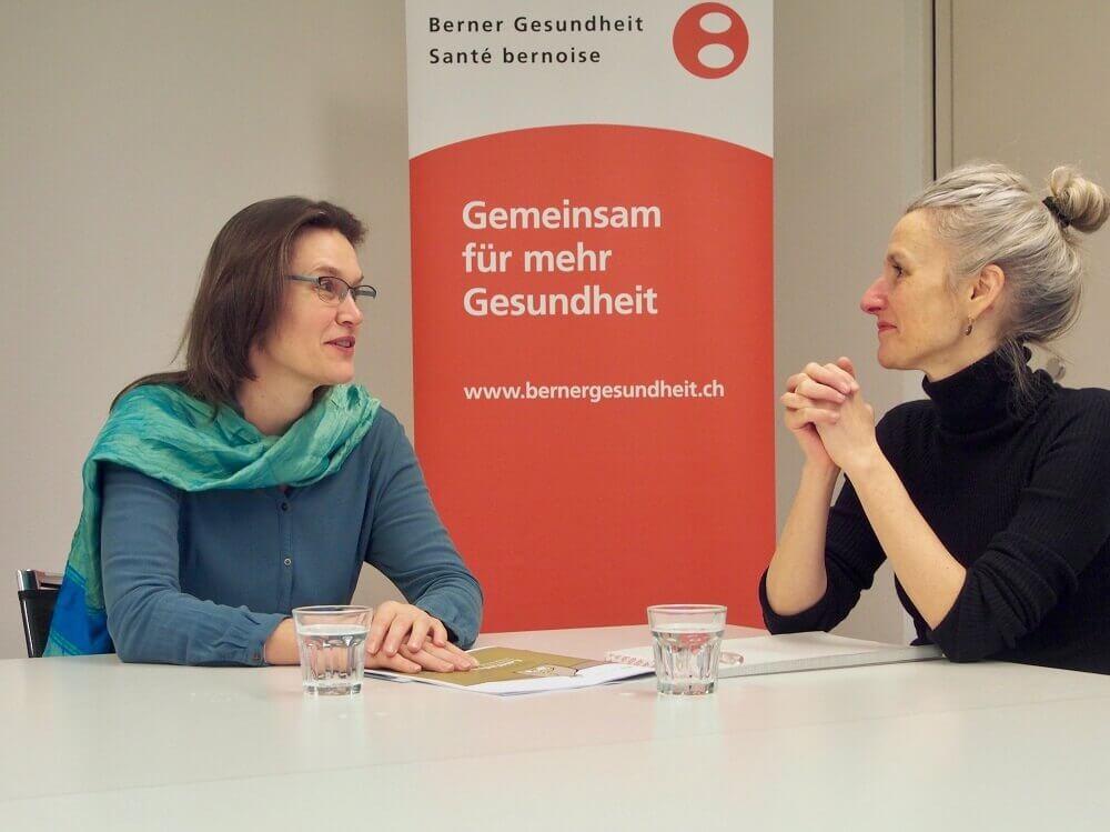Anna-Regula Oberteufer und Sarah Mollet